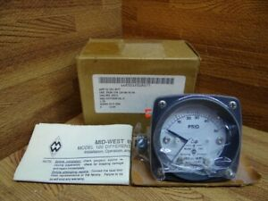 2 1 2 Mid West Instrument Military Pressure Gauge 0 50 Psid 1 4 Fnpt Connection