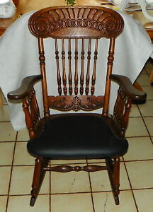 Solid Quartersawn Oak Carved Spindle Rocker Rocking Chair R213