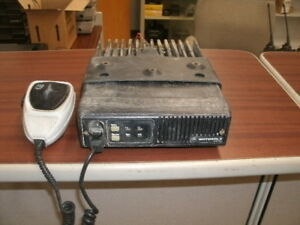 Motorola Maxtrac Two Channel 60 Watt Low band Mobile Radio