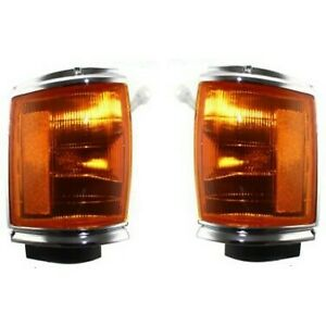Corner Light Set For 1987 1988 Toyota Pickup Rwd Assembly With Chrome Trim 2pc