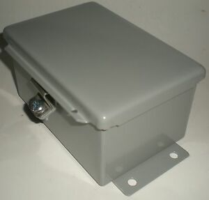 Electrical Enclosure Junction Box Hammond 1414phc Nema 12 Metal 6 X 4 X 3 New