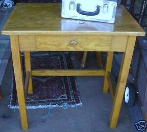Student S Desk Or Side Table Old Very Nice Rcs Treasure