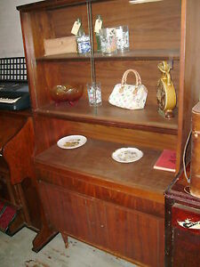 Beautiful Antique Vintage 2 Sliding Glass 2 Doors Shelf Shelves China Cabinet