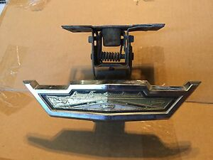 1963 Ford Galaxie 500 Xl Hood Release Latch Assembly Emblem P C3ab 8213 a