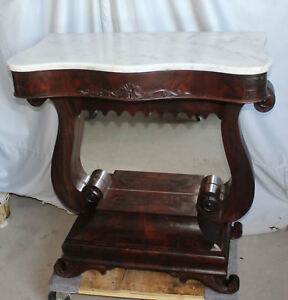 Victorian Antique Mahogany Pier Table With Marble Top And Petticoat Mirror