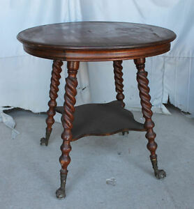 Antique Quarter Sawn Oak Parlor Lamp Table Claw Ball Feet