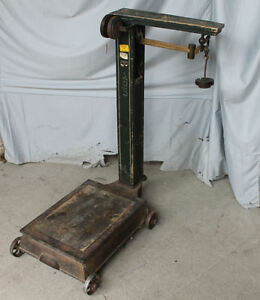 Working Antique Platform Grain Or Feed Scale Country Store Piece For Weighing