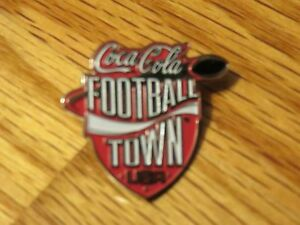 Coca-Cola FOOTBALL TOWN USA Pin plus I LOVE FOOTBALL Pin