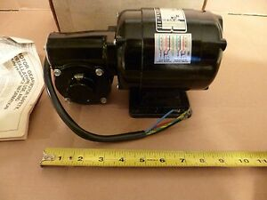 Bodine Small Gear Motor 220 240v 1423fk1027 Torque 2 6 Ratio 10 1 Amp 50 56