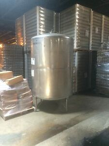 12460 001 Used Approximately 1000 Gallon Vertical Stainless Steel Tank