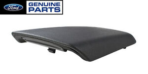 2005 2009 Mustang Genuine Ford Oem Center Console Cover Armrest Pad Lid Black