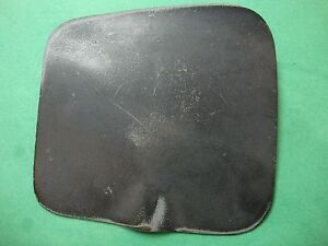 4d 5800 Jaguar 420 Original Right Side Lhd Passenger Side Gas Lid