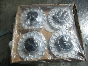 Nos 1992 To 1997 Lincoln Town Car Bbs Center Caps Hubcaps For Geometric Wheel