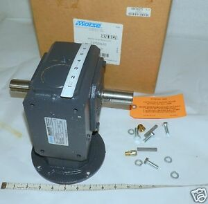 Right Angle Gear Drive Reducer Raider 237q56lr5 Xf1111