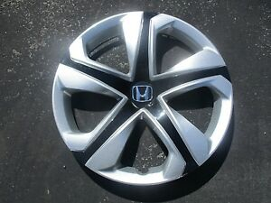 One 2016 Honda Civic 16 Inch Hubcap Wheel Cover