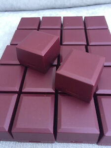 Wholesale Joblot 100 Burgundy Ring Boxes Jewellery Gift Boxes Hinged Packaging