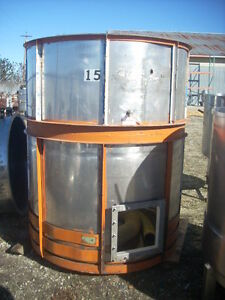 12181 001 Approximately 850 Gallon Vertical Stainless Steel Tank