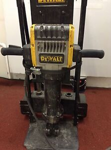 Dewalt 60 Lb D25980 Jack Hammer Commercial Demolition Pavement Breaker Tool Used