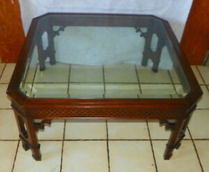 Mahogany Chinese Chippendale Glass Top Coffee Table Ct166