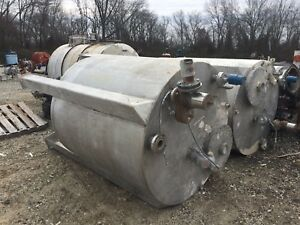 12476 002 Used Approximately 800 Gallon T316 Stainless Steel Vertical Tank