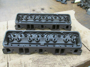 1959 Small Block Chevy Sbc 283 Heads 3755549 K 26 8 L 1 8 549