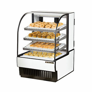 True Tcgd 31 31 Full Service Curved Glass Bakery Case