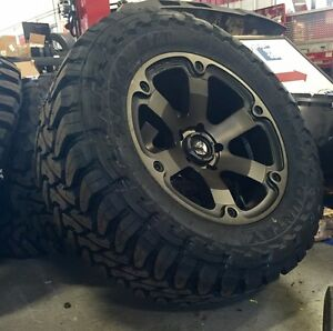 5 18 Fuel Beast D564 Black Wheels Rims 35 Toyo Mt Tires 5x5 Jeep Jk Wrangler