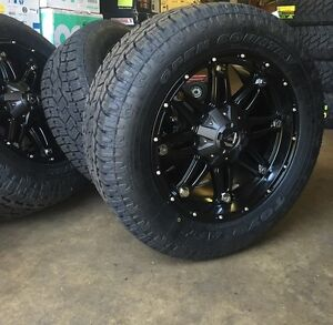 5 20 Fuel D531 Hostage Black Wheels 33 Toyo At2 Tires 5x5 Jeep Wrangler Jk
