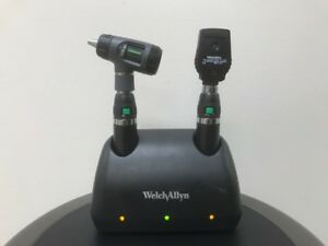 Welch Allyn Desk Universal Charger 2 71900 L ion Handles 11720 23810 71641 ms