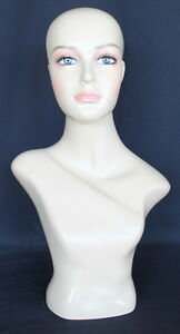 21 5 In H Female Head Mannequin Bust Form Display Mannequin Skintone Finish Mh2f