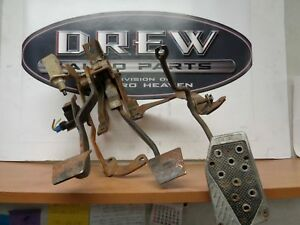 Gas Brake Pedal Assembly Chevy Camaro 85 Chevrolet