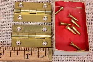 2 Door Hinges Nos Bright Brass 1 1 2 X 7 8 Antique Box Narrow Butt Vintage Old