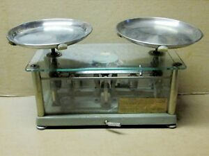 Antique Laboratory Torsion Balance Scale Il 1 In Glass Case 4 1 2 Kg Capacity