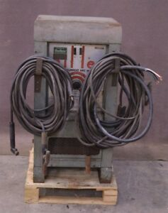 Miller Sr 300 Direct Current Dc Arc Welder 300 Amp W Welding Cables 300a