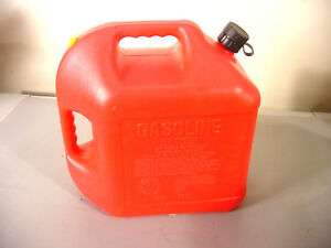 Blitz 5 Gallon Vented Gas Can