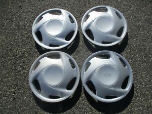 Set Of 4 Genuine Chevy Prizm 14 Inch Hubcaps Wheel Covers