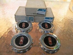 Nos 1979 Oldsmobile Cutlass Wire Wheel Center Caps Set Of 4 Nos 22506878