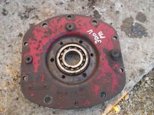 International 300 Utility Tractor Pto Power Take Off Housing Ihc Cover
