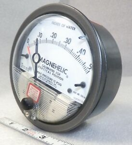 Dwyer Magnehelic Differential Pressure Gauge 2000 0 C 0 50 Water Lite Use