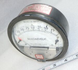 0 2 Water Dwyer Magnehelic Differential Pressure Gauge 2002c Some Use