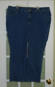 LEE CLASSIC FIT MEDIUM BLUE JEANS WOMEN'S SIZE 24 PETITE