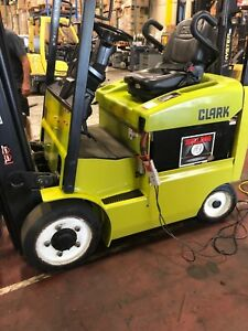 Clark Ecx20 4 000 Lb Electric Forklifts Year 2014 With Charger And Battery