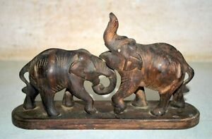 Ancient Antique Indian Old Rose Wood Hand Carved 2 Fighting Elephant Figurine