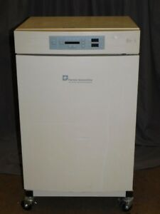 Thermo Scientific Forma Model 3110 Co2 Water Jacketed Incubator With Cart