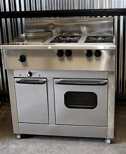 Commercial Duel Fuel Range 4 Open Burners Griddle Oven And Warming Cabinet Gas