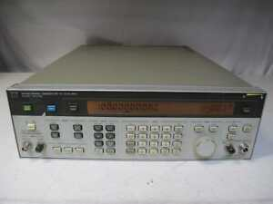 Agilent Hp 8642b Synthesized Signal Generator 100khz To 2115mhz Opt 001