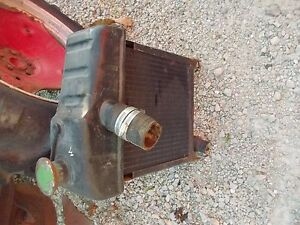 John Deere M Tractor Engine Motor Radiator Assembly Cap Jd