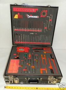 Electricians Tool Kit 100 Ea Tools W case Deluxe Usa Made On Most Lite Use