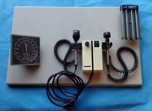 Welch Allyn 74710 Otoscope Ophthalmoscope 11710 Sphygmomanometer Wall Mount