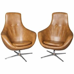 Pair Of Mid Century Modern Overman School Womb Or Egg Swivel Club Chairs